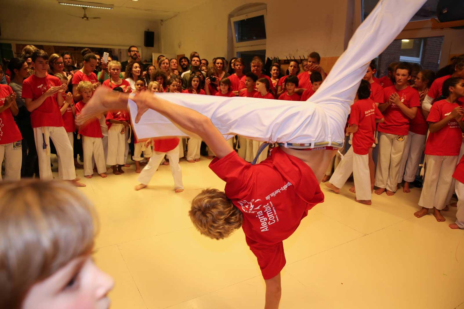 Capoeira Akademie Berlin: Trainer Lian, Jugendliche